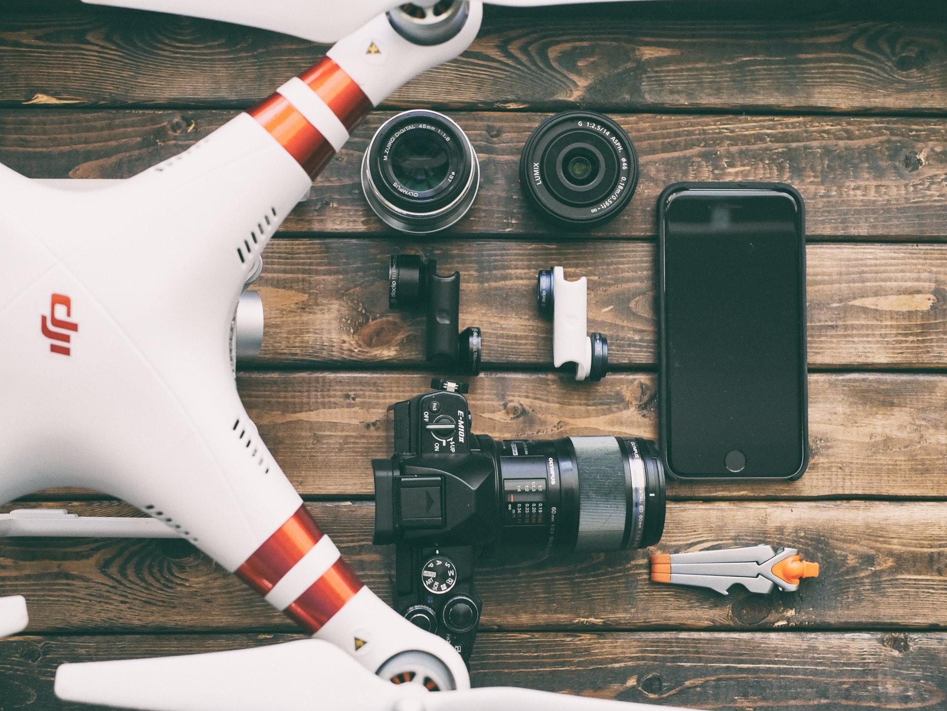 Drone-camera-table